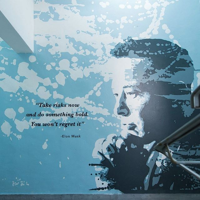 """A couple of months ago, I was asked to paint a mural for @nakedhubhk in Hong Kong around the theme of """"inspiration"""". #elonmusk came to my mind immediately.  I am fully blown away by what he has accomplished in a short 25 years, living in the USA. #paypal #tesla #spacex #solarcity #hyperloop #openai #theboringcompany and the latest #neuralink. This guy is a #trueinspiration to me. I highly recommend his book if you want to understand his mindset. #nextlevel #respect 💥"""