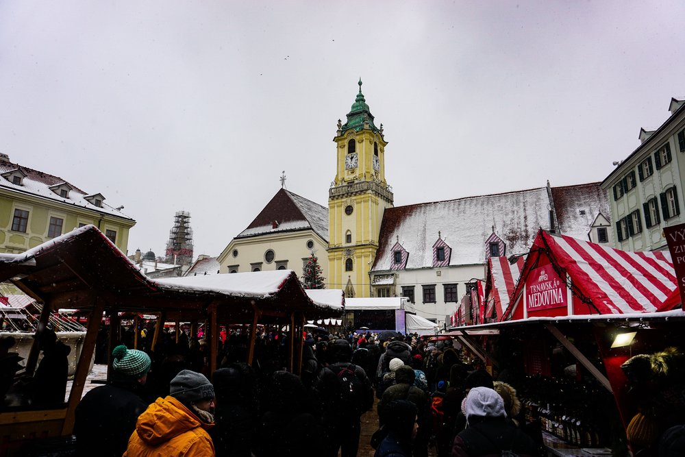 3 reasons why you should visit the Christmas markets in Bratislava 1d08047caad