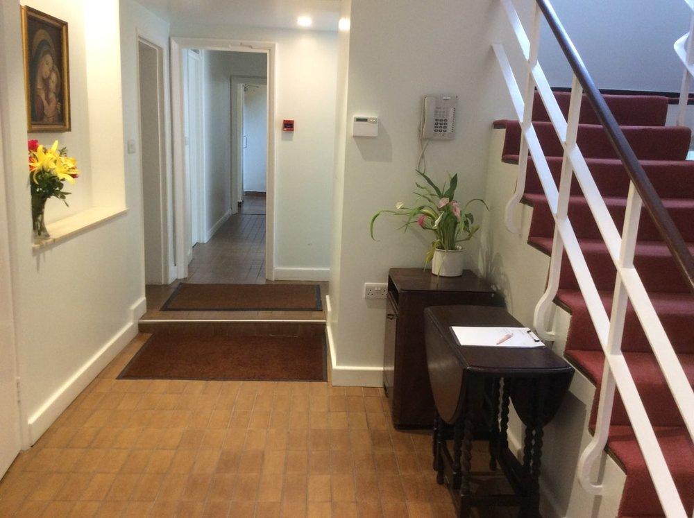 St-Dorothys-International Student-Residence-03-Inside-entrance-4.jpg