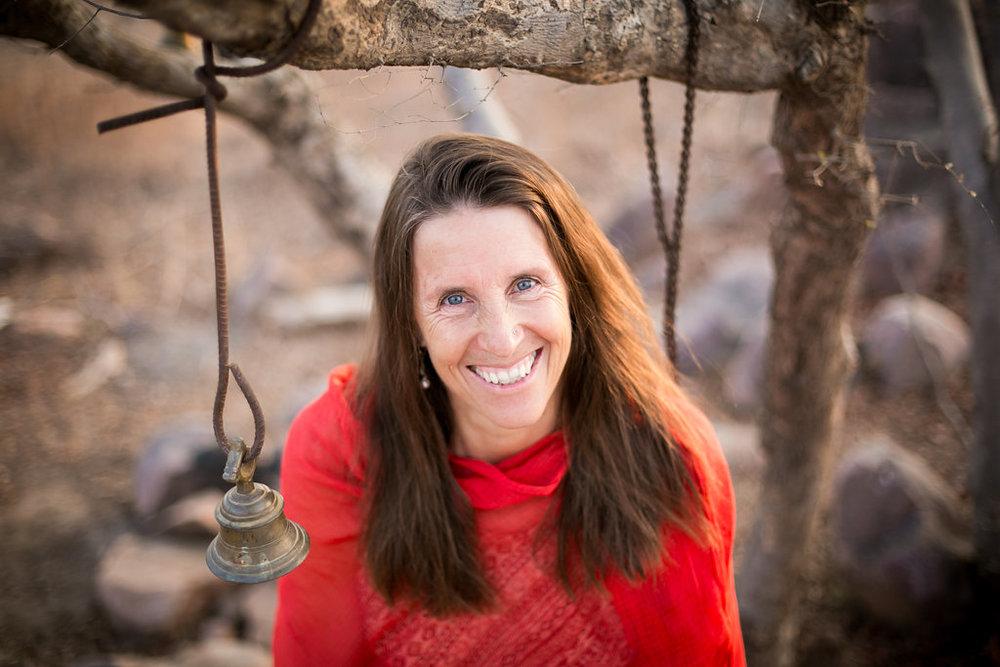 Sarah Hutchingson, E-RYT 500, YACEP