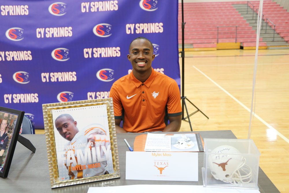 Myles Mass hopes to make the Longhorns. (Photo by Abi Rodriguez)