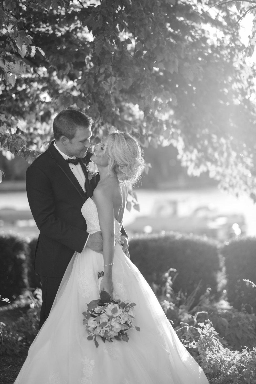 2018 BAP KatieGrant Prairie Street Brewhouse Rockford Wedding-79.jpg