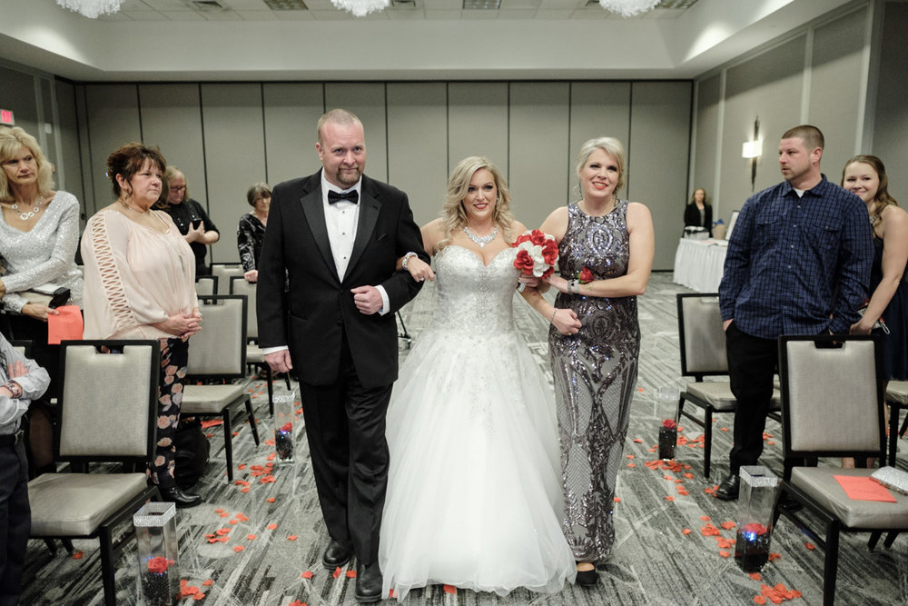 2018_Kasey_Jason_Madison_Wedding_Concourse_Hotel-30.jpg