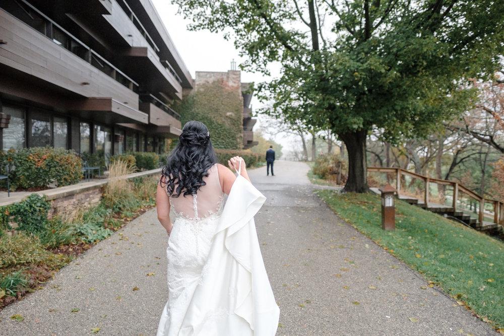 2017_BAP_AmyRyan_Lake_Geneva_Resort_Wedding-22.jpg