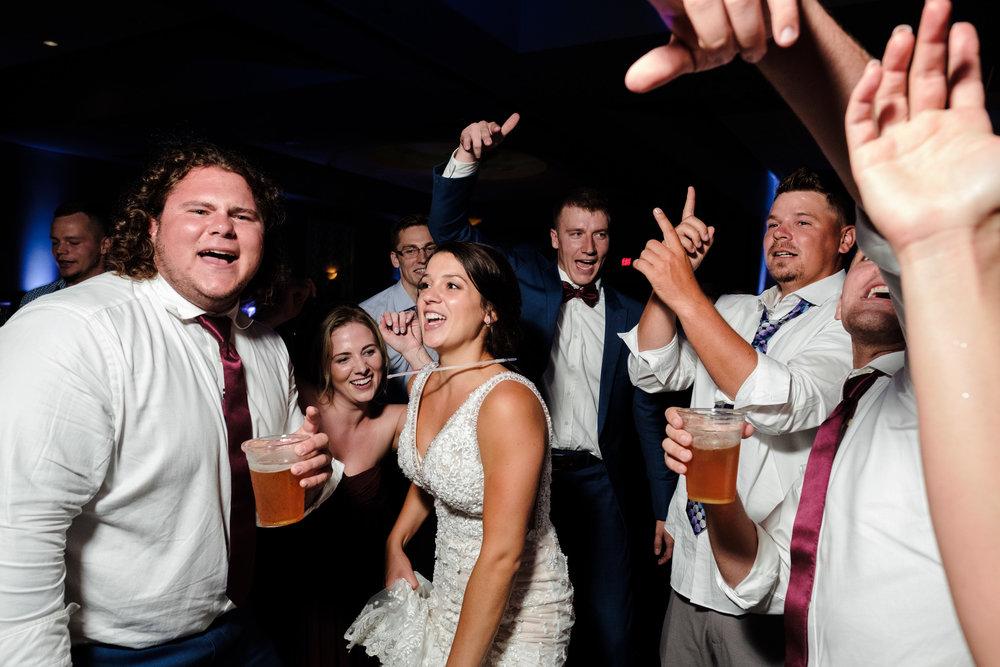18-09-01 BAP Kiley-Trevor-Anderson-Gardens-Wedding-107.jpg
