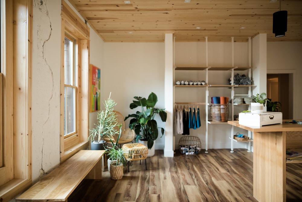 feel-better-yoga-studio-012.jpg