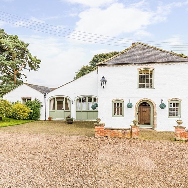 Did you know we have 4 beautiful #holidaycottages to choose from on our Lincolnshire farm, for couples to family gatherings, we can host any size party and with #ontripadvisor #CertificateOfExcellence you can be sure of a great stay