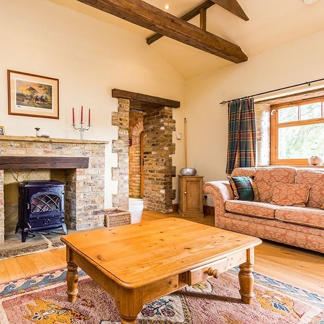 Our Shepherds Cottage is the perfect location for a relaxing or romantic stay for two. A restored 17th century barn with kitchen/diner, sitting room, king size bedroom & bathroom. Original #woodenbeams #stonework #HolidayCottage #SelfCatering #LincsWolds