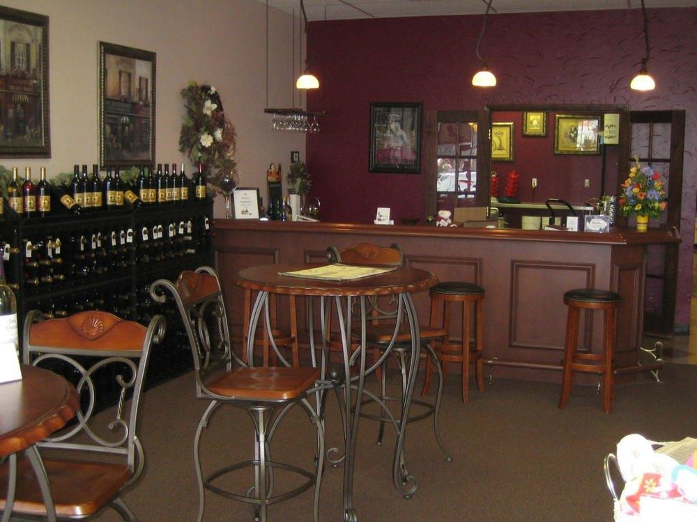 - 1484 Medina Road, Suit 113Medina, OH 44256Click for Map330-784-WINE (9463)itsyourwinery.comCanal Country Wine TrailSummit County