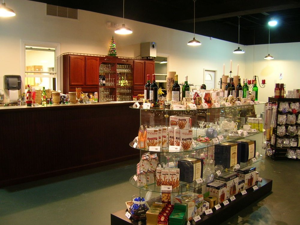 Sales - Tasting area pc.JPG