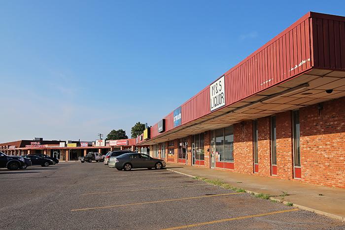 Lakeshore Shops 12x8 IMG_6071 WEB.jpg
