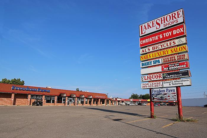 LakeShore Shops 12x8 IMG_6057 WEB.jpg