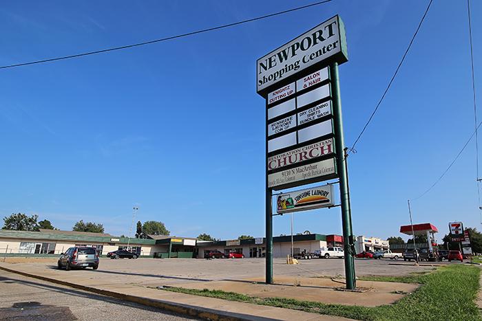 Newport Shopping Center 12x8 IMG_6045 WEB.jpg