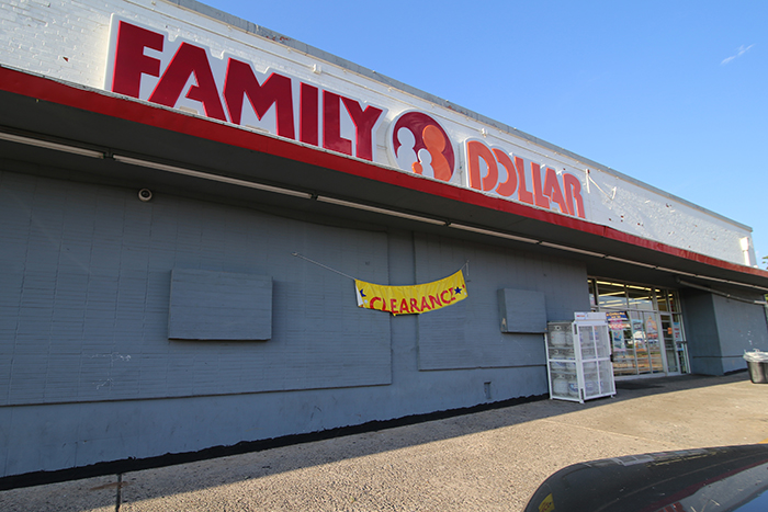 Family Dollar 12x8 - IMG_5988 WEB.jpg