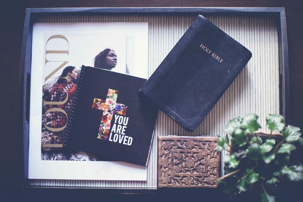 tray-bible-plant.jpg