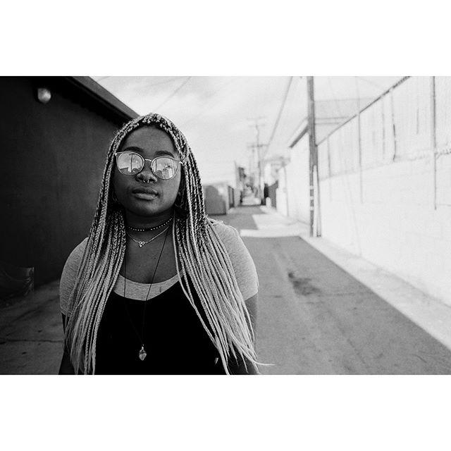Canon F-1 | Kodak Tri-X 400 #35mm #film #kodak #trix #canon #f1 #filmisnotdead #believeinfilm #filmphotography #streetphotography #blackandwhitephotography