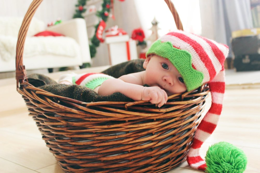 baby holiday hat.jpeg