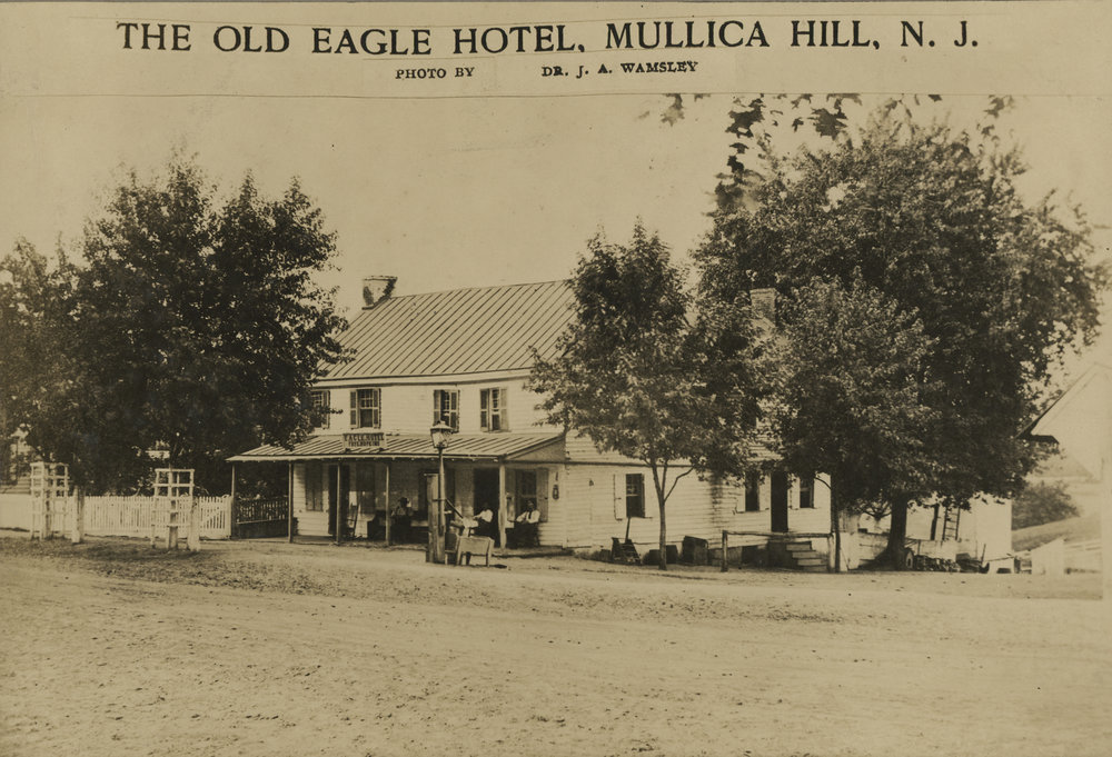 Eagle Hotel003016.jpg