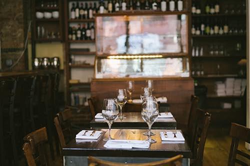 Casellula wine bar interior