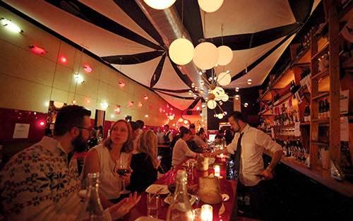 crowd at amelie wine bar