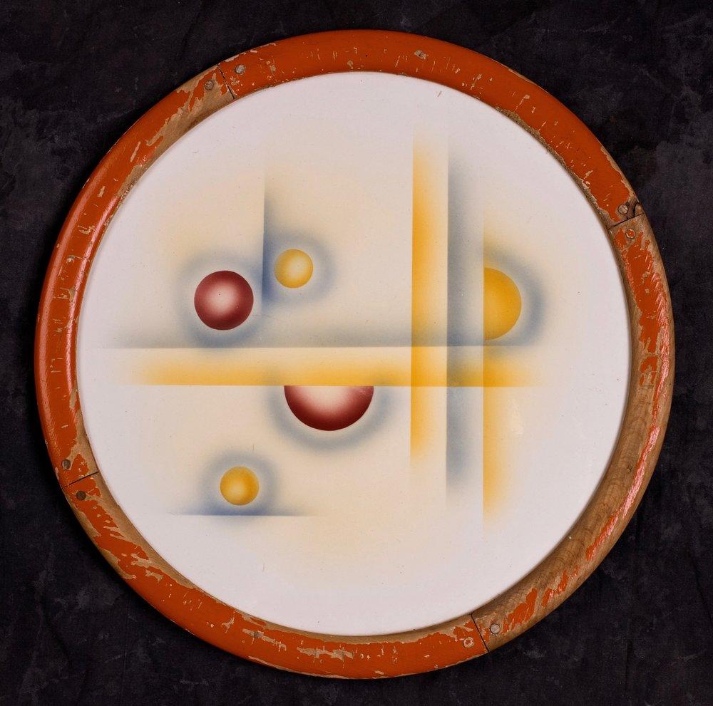 #56, Platter with wooden rim, form 30, dec.1306, Pätsch, ca.1930. Black mfr., 1036 U; Blind 10K mark 30P; 1.7 cm H, 33.3 cm Ø with wooden rim. RM1484