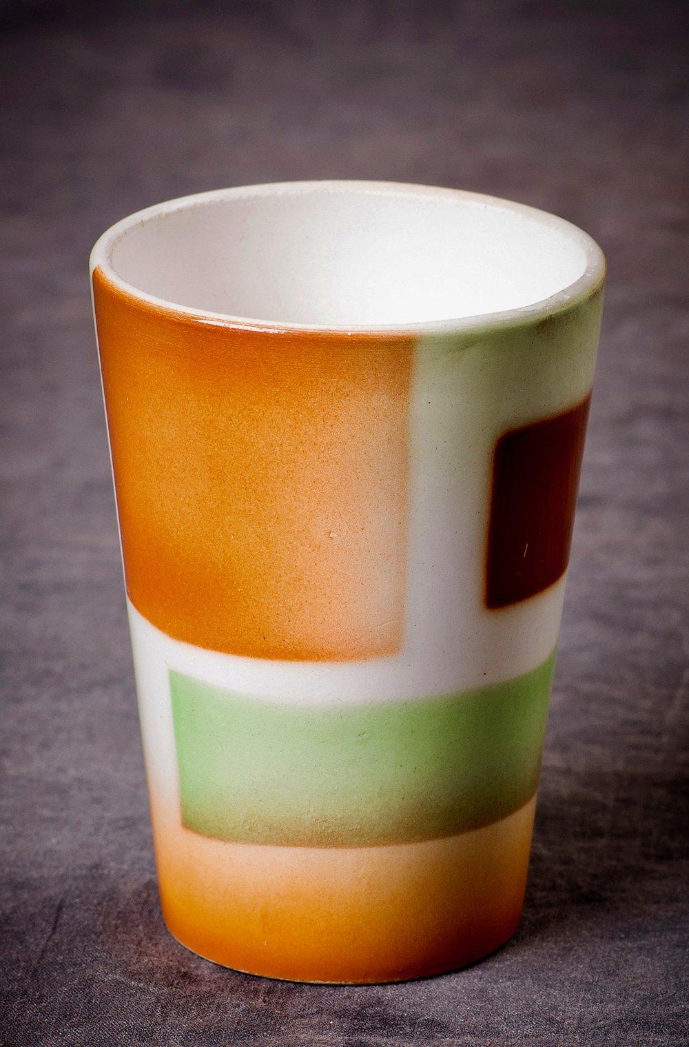 #118 Cup, Carstens – Elmshorn, ca.1932/33. 10 cm H, 7 cm opening, 5 cm base Ø. RM2021