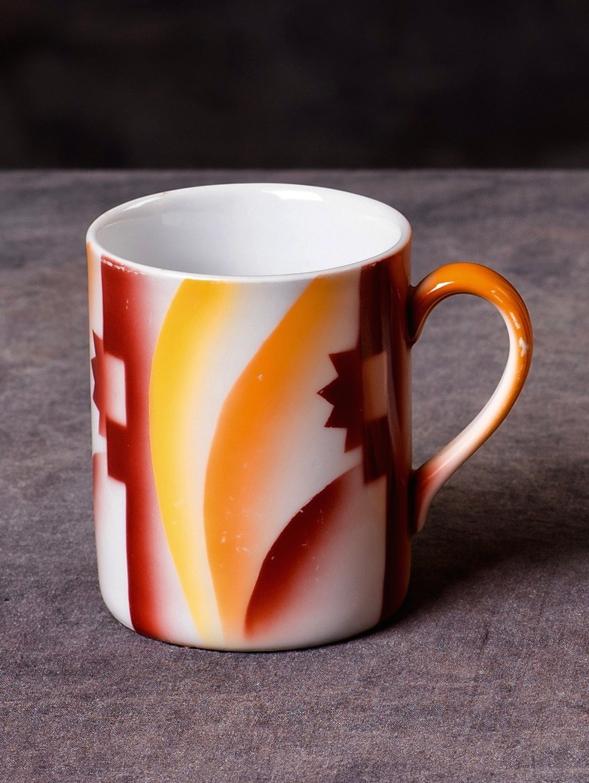 #78 Mug, Gebr. Metzel, ca.1930. Red mfr.; 8.5 cm H, 6.5 cm opening Ø, 6.5 cm base Ø. RM203