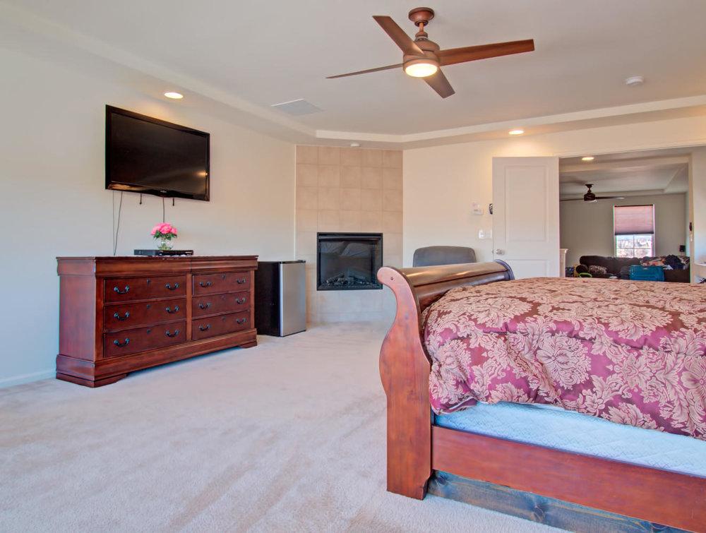 9151 Sentry Dr Fountain CO-large-020-57-Master Bedroom-1324x1000-72dpi.jpg