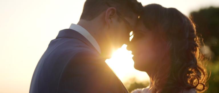 Villa_de_Amore_Wedding_Video-768x326.png