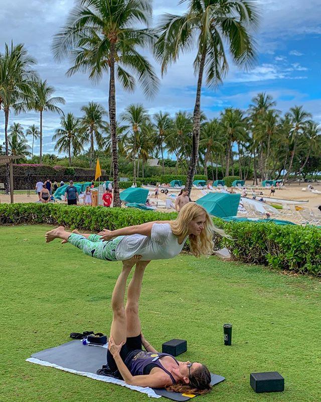 Flying for the first time 🦅 * * * * * * * * #femmetravel #sheisnotlost #petitejoys #darlingescapes #pursuepretty #wanderfolk #passionpassport #lifewelltraveled #howihue #acolorstory #traveler #momlife #travel #love #gratitude #beach #balance #ocean #yoga #yogateacher #yogaeverydamnday #acroyoga