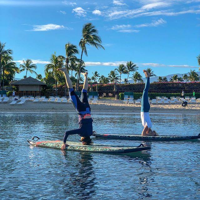 you can't blame gravity for falling in love ❤️🧘♀️ * * * * * * * * #femmetravel #sheisnotlost #petitejoys #darlingescapes #pursuepretty #wanderfolk #passionpassport #lifewelltraveled #howihue #acolorstory #traveler #prenatalyoga #postnatalyoga #travel #love #gratitude #beach #balance #ocean #yoga #yogateacher #yogaeverydamnday #headstand