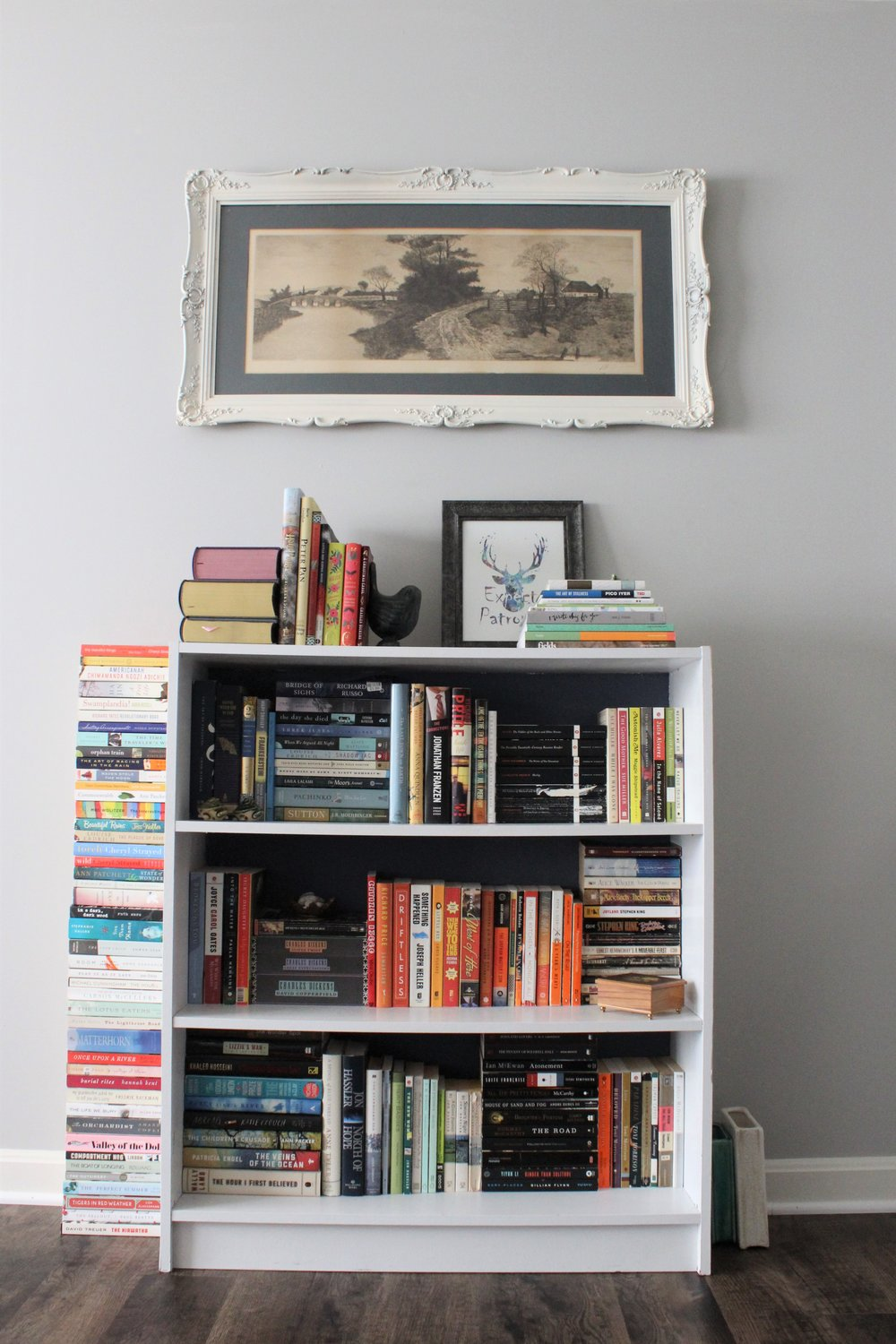 home decor bookshelf styling.JPG