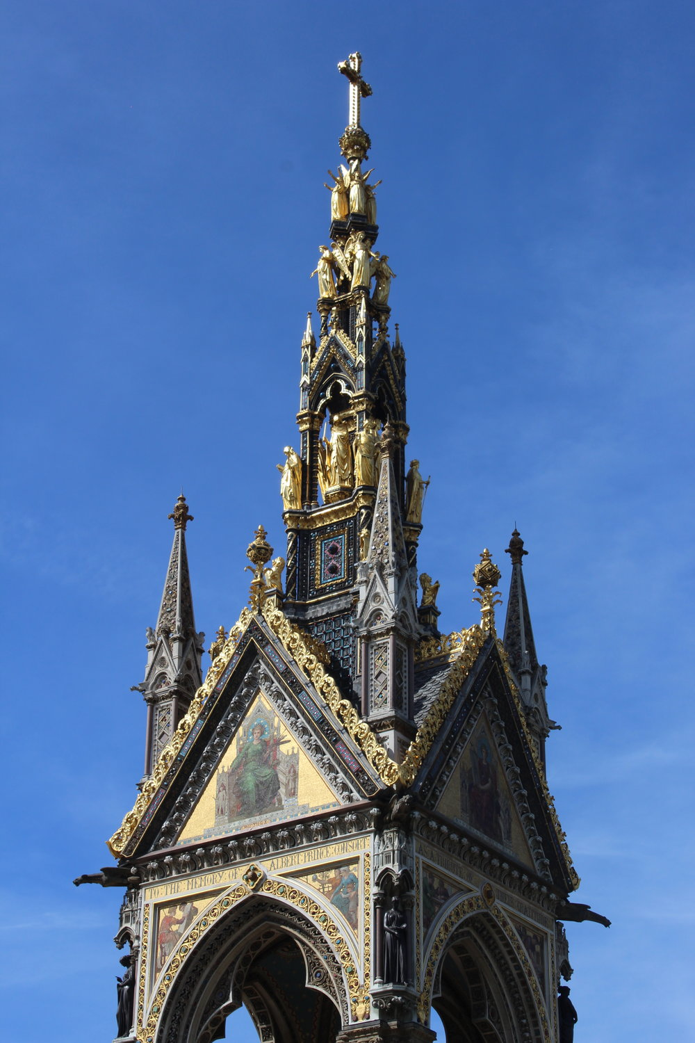 London Guide The Albert Memorial.JPG