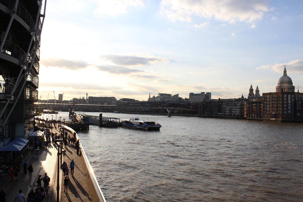 Thames from Southwark.JPG