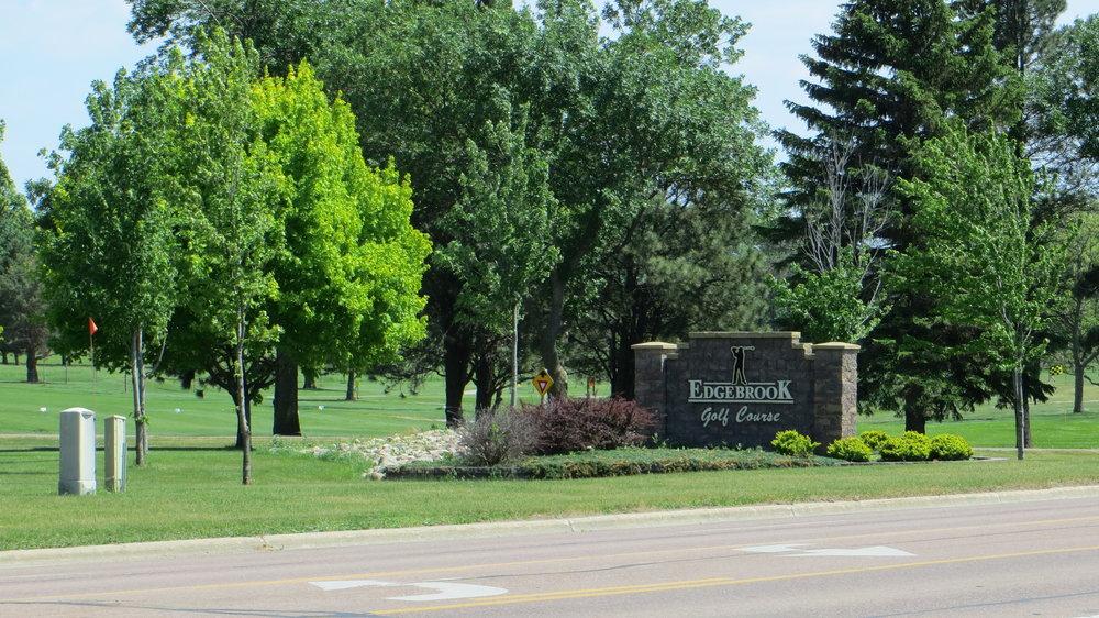 Edgebrook-Golf-Course-view.jpg