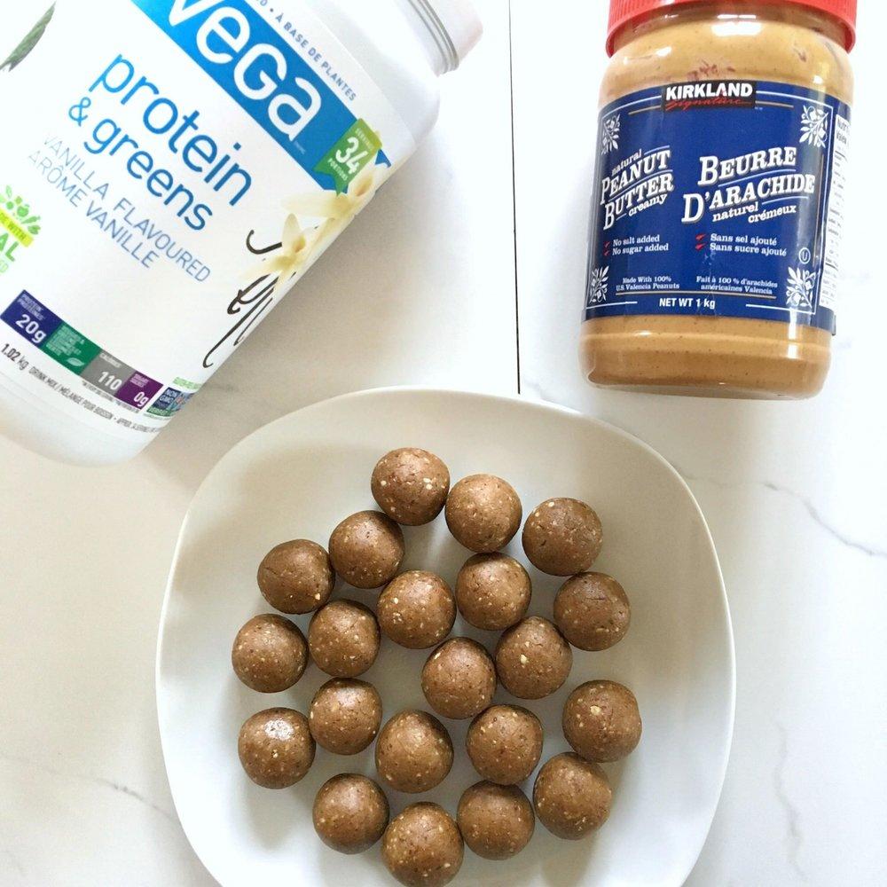 4 Ingredient Vegan Protein Bites