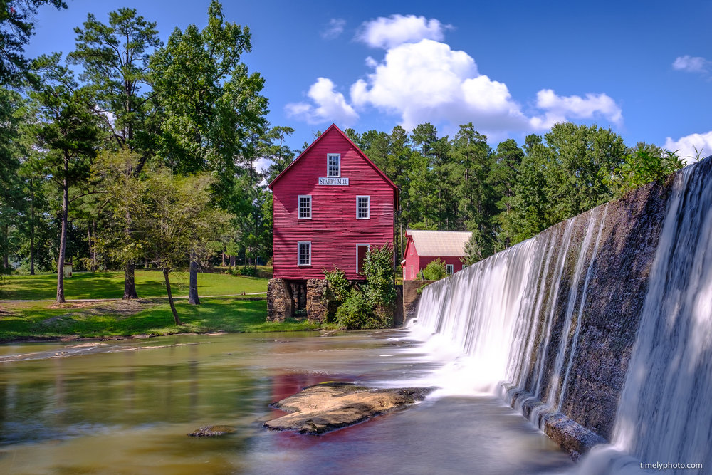 Front of Starr's Mill. 16mm, ISO 200 at f/7.1 and 4 seconds.