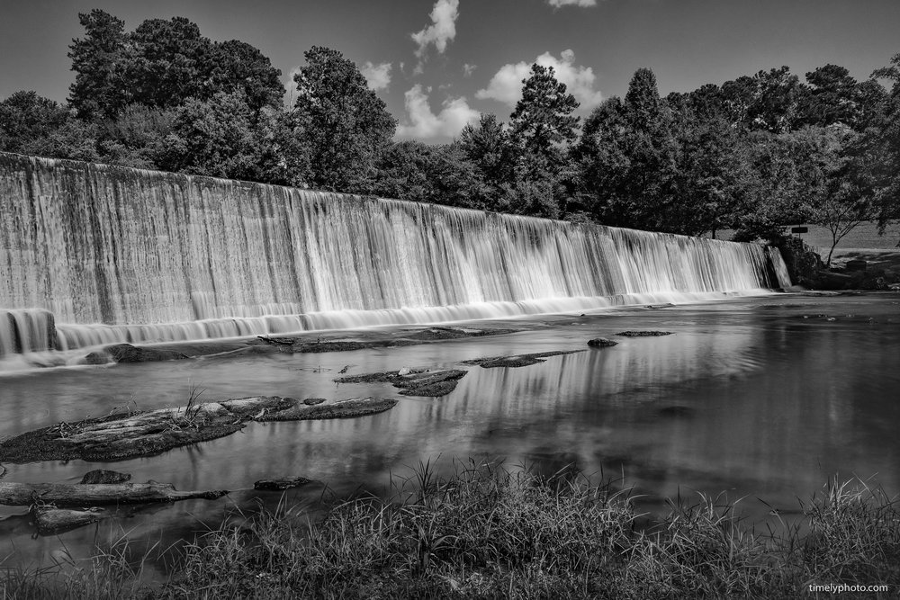 Front of Starr's Mill. 16mm, ISO 200 at f/8.0 and 2.5 seconds.