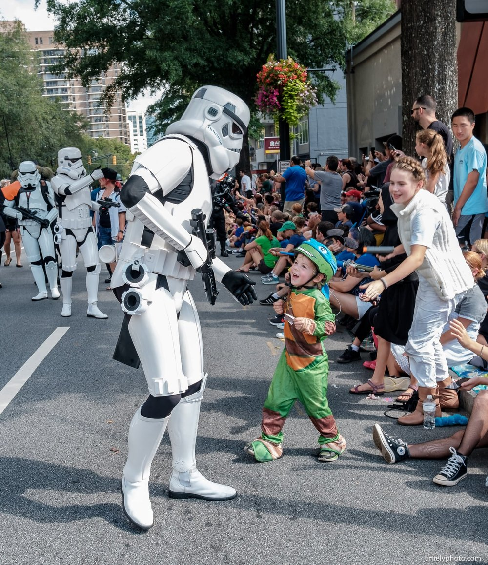 2018-09-01-0390-DragonCon-Parade-2018-web.jpg