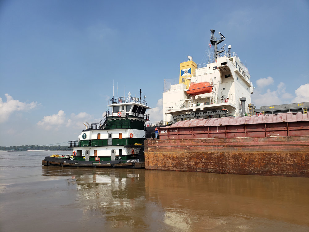 Virginia pushing a barge on the Mississippi_1.jpg