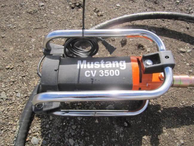 Mustang CV3500 - Concrete vibrator