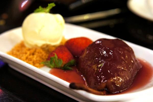 Serenity Spanish Restaurant - Ngee Ann City - Peras al Vino Tinto
