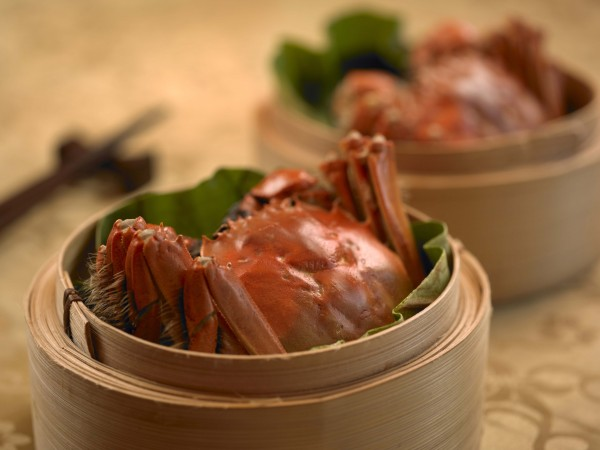 Four Seasons Hotel Singapore Jiang Nan Chun - Hairy Crabs
