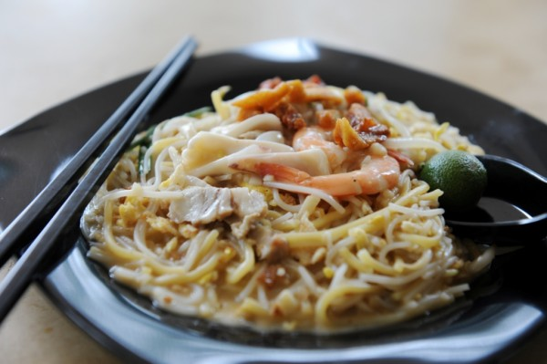 """Shangri-La Hotel, Singapore """"Hawker Heritage – The Next Chapter"""" - Xiao Di Fried Prawn Noodle"""