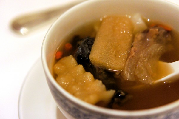 Man Fu Yuan InterContinental Singapore - Signature Double-boiled Soup with Deer Tendon, Spiky Sea Cucumber & Fish Maw