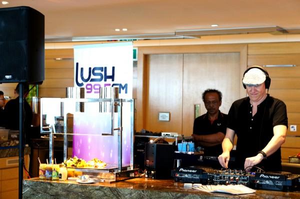The Westin Singapore | House DJ