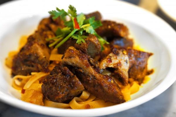 Ujong Raffles Hotel - Chef Shen Tan The Wok & Barrel - Ba Chor Mee Pasta