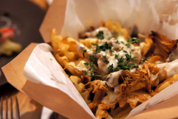 Buttero, Tras Street - Pulled Pork Waffle Fries
