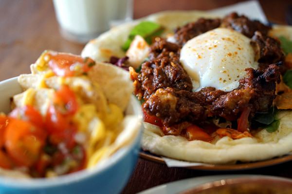 FIX Cafe - HomeTeamNS – JOM Clubhouse - Beef & Kimchi Naanwich
