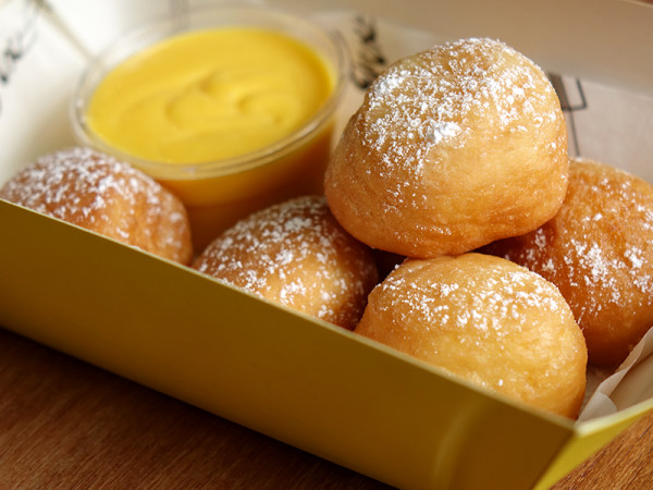 FIX Cafe - HomeTeamNS – JOM Clubhouse - Homemade Donuts with Salted Egg Custard